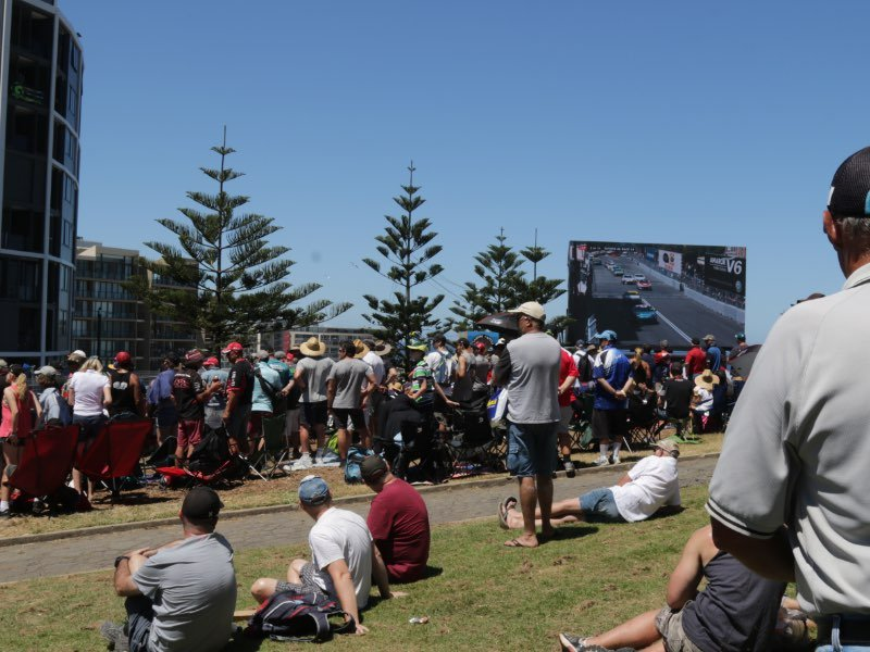 The Hill at turn 2 @ Newcastle 500.